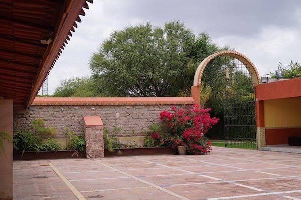 Arcos para jardin interesting arcos de rosas en el jardn for Arcos para jardin